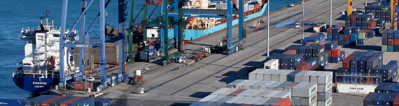 terminal_portuaria_de_contenedores